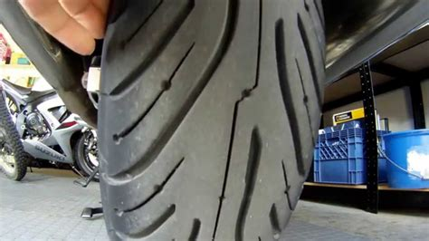 Michelin Pilot Road 4 GT Tires on a Honda ST1300 - YouTube