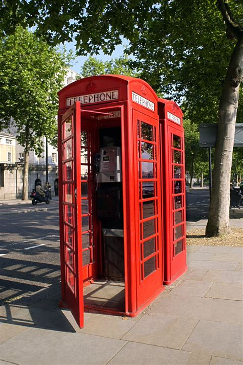 How to Make a Phone Booth From a Cardboard Box   eHow