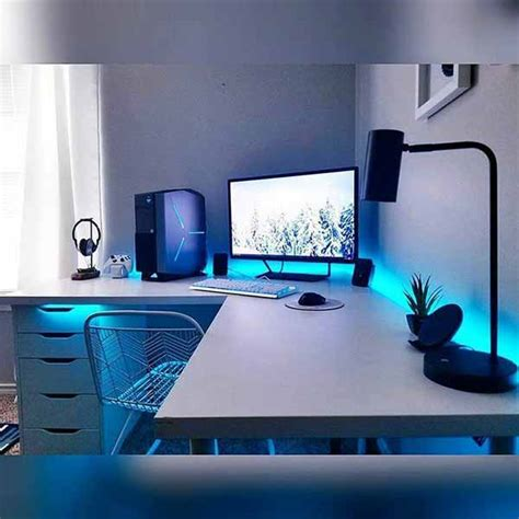 27 White PC Setup for a Clean and Minimal Gaming