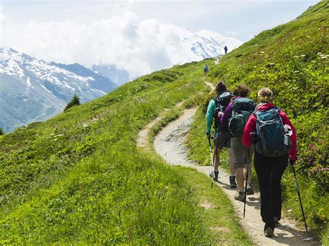 Hut-to-Hut Hiking in the Alps   Italy, France & Switzerland